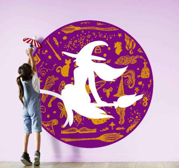 TENSTICKERS. 魔女と他の要素のハロウィーンの壁デカール. ハロウィーンフェスティバルの装飾的な家の壁のステッカーには、ほうきやその他の要素を備えた空飛ぶ魔女がデザインに含まれています。適用が簡単で高品質です。