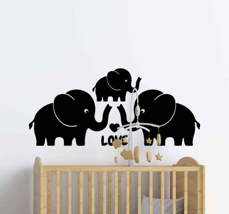 TENSTICKERS. 三象家族の心野生動物ステッカー. 子供の寝室のスペースのための例示的な装飾的な象の壁のステッカー。さまざまな色とサイズのオプションが用意されています。
