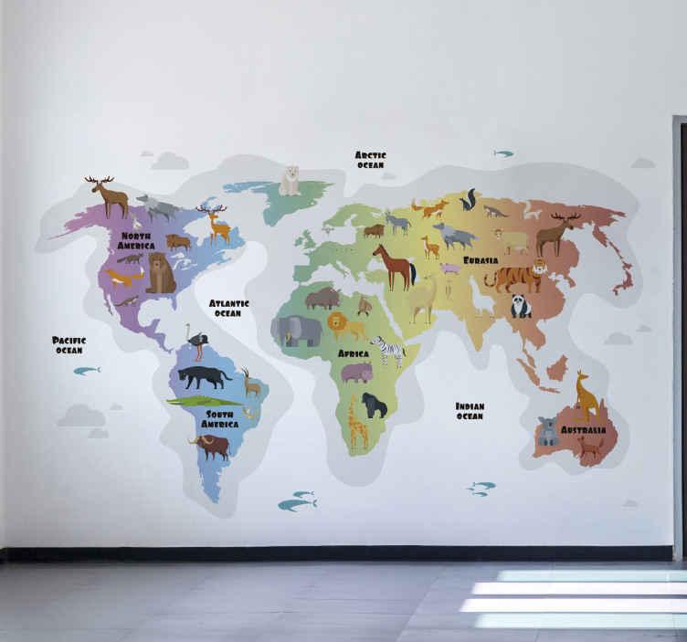TENSTICKERS. 動物の世界地図ステッカー. 装飾的な動物の世界地図の壁のステッカー。デザインには、さまざまな大陸の場所と、そこに含まれる動物の種類が特徴です。