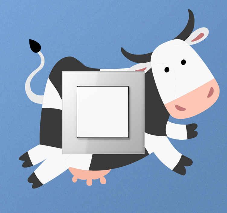 TenStickers. Muursticker stopcontact Koeien achter. Decoratieve cartoon koe lichtschakelaar sticker. Dit ontwerp zou aan u lichtschakelaarruimte net erachter blijven plakken, net zoals het hier verschijnt.