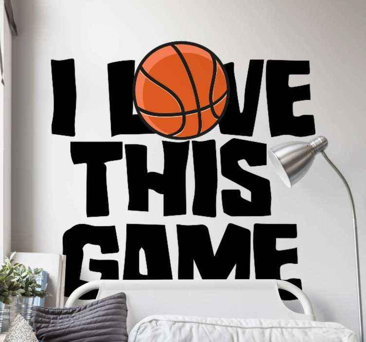 TenStickers. Basketbal sticker Basketbalspeler met tekst. Basketbal met '' i love basketball '' tekst muursticker. Een eenvoudige muurtattoo voor basketballiefhebbers en slaapkamerdecoratie voor tieners.