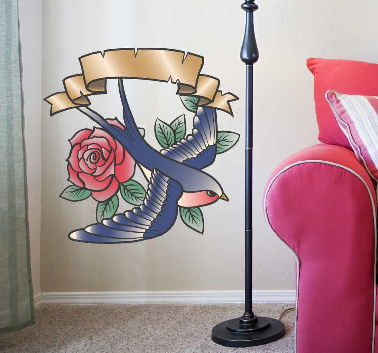 TenStickers. Sticker tattoo oiseau rose légende. Une illustration originale de freepik inspirée des tatouages vintage avec une hirondelle volant au-dessus d'une rose.