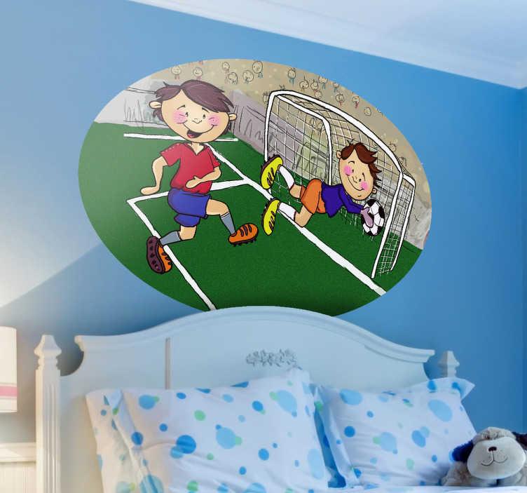 TenStickers. Naklejka zdobyty gol. Naklejka dekoracyjna przedstawiająca ilustrację ze stadionu, dwóch młodych piłkarzy podczas gry. Bramkarz dzielnie obronił bramkę!