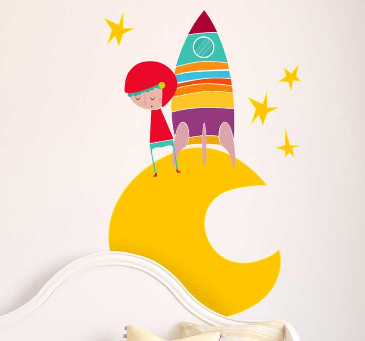 TenStickers. 黄月亮宇航员墙贴. 孩子们的墙贴-一个小太空探险家在星星环绕的月球上充满活力的插图。