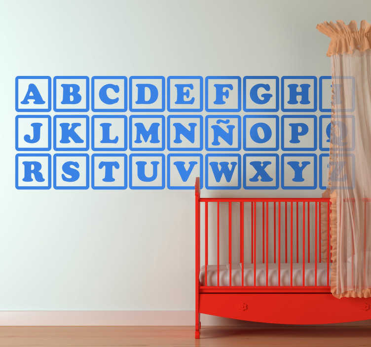 TenStickers. Vinil decorativo abecedário cubos. Vinil decorativo do abecedário disposto em forma de cubos para dar um ar mais brincalhão ao ABC. Autocolante ideal para infantários e escolas.