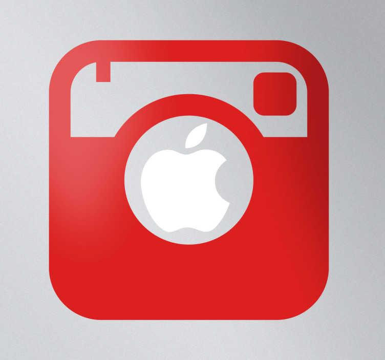 TenStickers. Mac Apple Instagram camera sticker. Laptop sticker om jouw Apple Mac me te decoreren! Je ziet het bekende Instagram camera icoon dat je precies op het Apple logo kunt plakken.