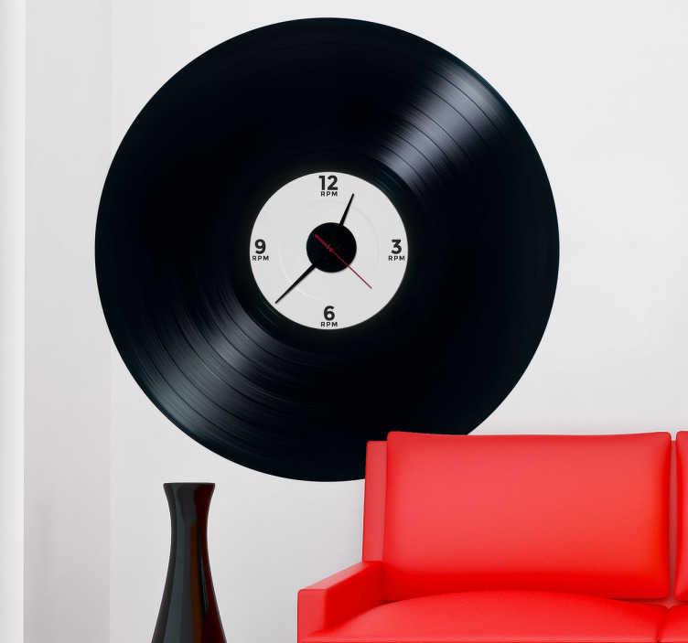 TenStickers. Sticker klok muziekplaat. Een leuke muurklok in de vorm van een muursticker! Een leuke kloksticker in de vorm van een LP-plaat! Leuke wanddecoratie voor de muziekliefhebber.