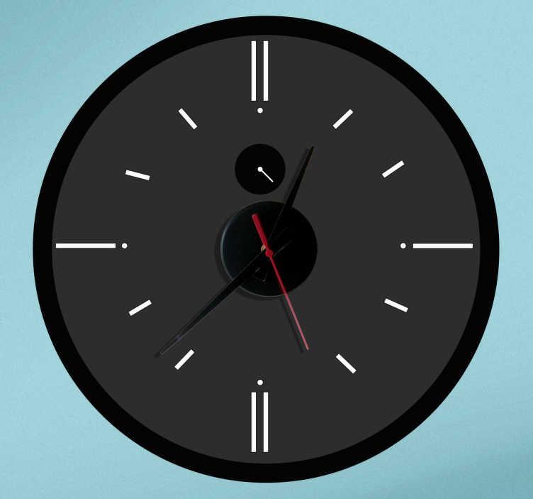 TenStickers. Naklejka zegar analogiczny. Ciekawa naklejka dekoracyjna z wbudowanym zegarem. Obrazek przedstawia zegar w ciemnych kolorach.  Naklejka zawiera mechanizm zegara o średnicy Ø23 cm, średnica mechanizmu zegara Ø8,5cm  Długość wskazówki godzinowej: 9,3cm Długość wskazówki minutowej: 13,2cm Długość wskazówki sekundowej: 9cm
