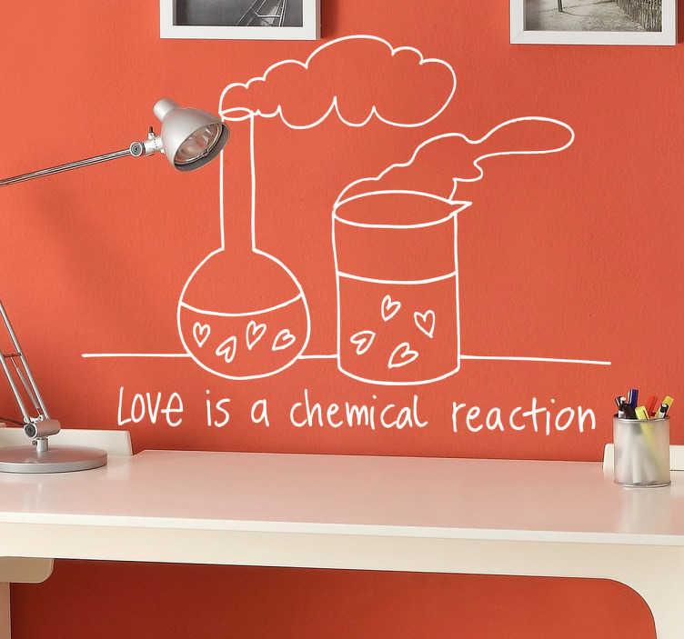 """TenStickers. Wall sticker Love is a chemical reaction. Wall sticker decorativo originale con un disegno che mescola amore e chimica insieme, in basso la scritta """"l'amore è una reazione chimica""""."""