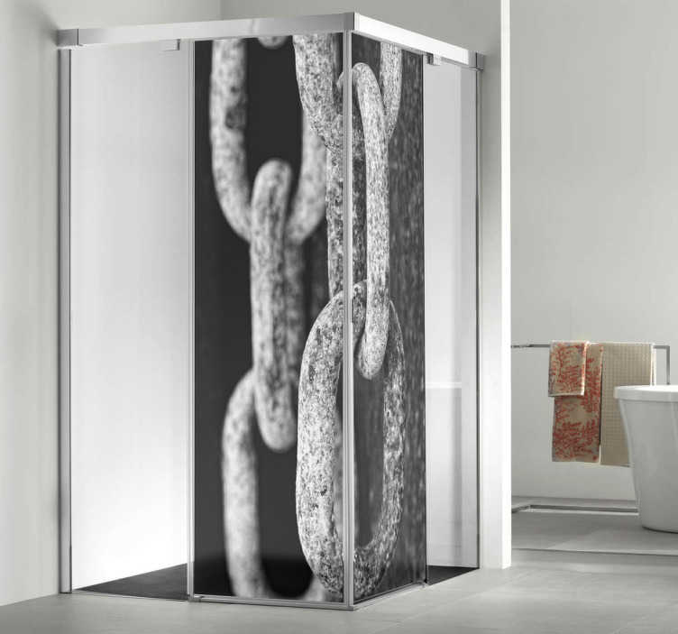 TenVinilo. vinilo decorativo cadenas mampara ducha. Decora la mampara del baño de tu casa con una artística fotografía adhesiva de una vieja cadena de muelle. Una fotografía original de Víctor Ferrero.