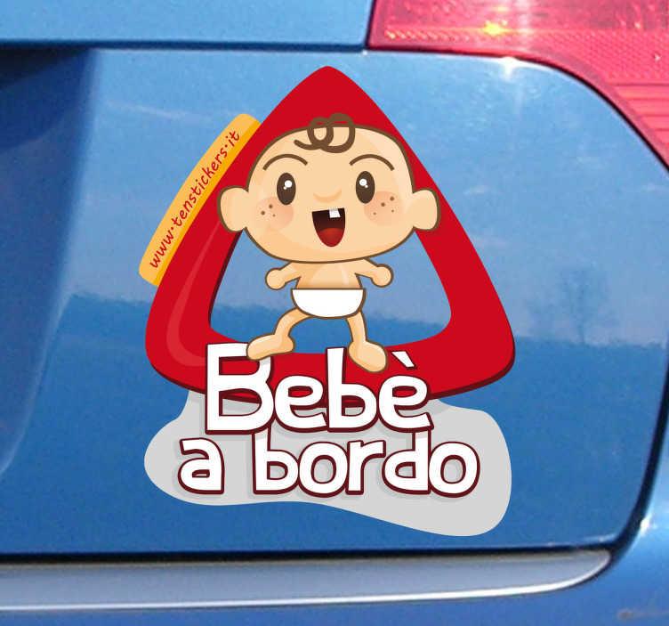 TenStickers. Sticker decorativo bimbo a bordo. Applica questo adesivo decorativo alla tua automobile e avvisa il resto dei conducenti che viaggi con un bambino a bordo