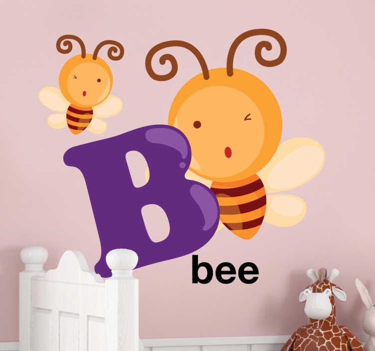 TenStickers. Adesivo bambini lettera B. Sticker con la lettera B accompagnata da due simpatiche api che fanno l'occhiolino.