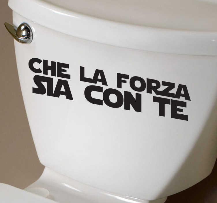 TenStickers. Sticker decorativo testo la forza. Che la forza sia con te. Personalizza il tuo bagno decorandolo questo divertente adesivo ispirato alla saga diGuerre Stellari.