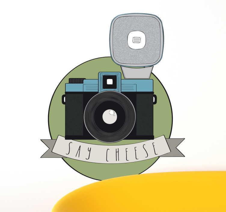 TenStickers. Say cheese Kamera Aufkleber. Say cheese! Mit dieser Kamera als Wandtattoo können Sie Ihrem Wohnzimmer einen besonderen Look verleihen.