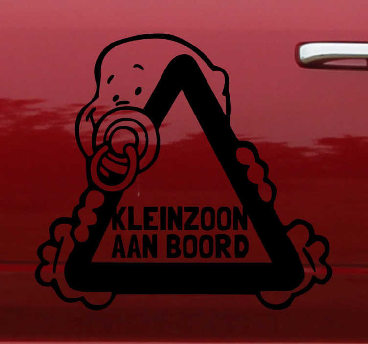 TenStickers. Sticker kleinzoon aan boord auto. Decoratie sticker voor op je wagen voor de grootvaders en grootmoeders onder ons. Geef aan met deze sticker dat je kleinzoon zich in je wagen bevindt.