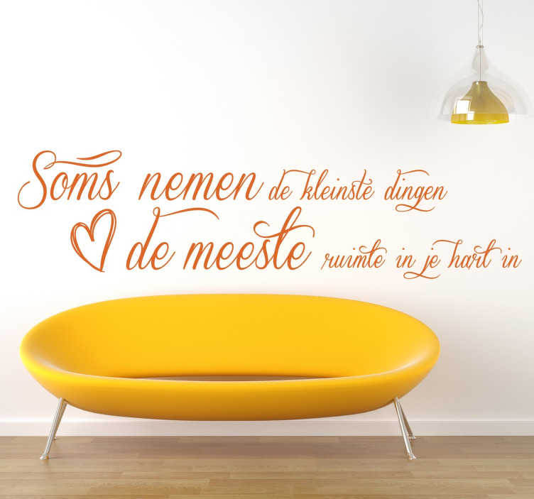 TenStickers. Sticker liefde hartje. Deze mooie intieme quote gediend als muursticker voor in de slaapkamer of woonkamer voor de gepassioneerde individuen.