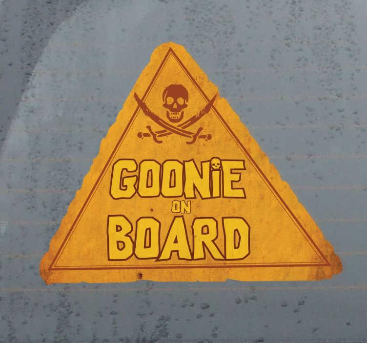 TenVinilo. Pegatina para coche goonie on board. Si te consideras un Goonie más y eres padre o madre de un bebé que viaja contigo en el coche puedes hacerlo patente con este adhesivo.