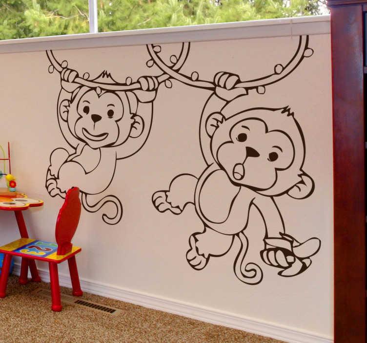 TenVinilo. vinilo infantil mono cuerda. Vinilodecorativode dos monos jugando en las lianas ideal para colocar en la habitación de los más pequeños delhogarpara hacer volar su creatividad, la imaginación y las ganas de jugar. Hazte con estos bonitos y amigables monos.