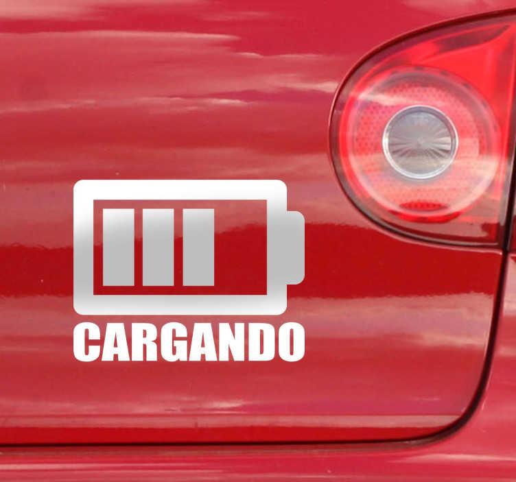 TenVinilo. Sticker decorativo cargando coche. Dota tu coche con un toque de humor y carisma. Hazte con este vinilo decorativo simulando que tu coche se está cargando y a la vez mostrando que conduces un coche eléctrico..