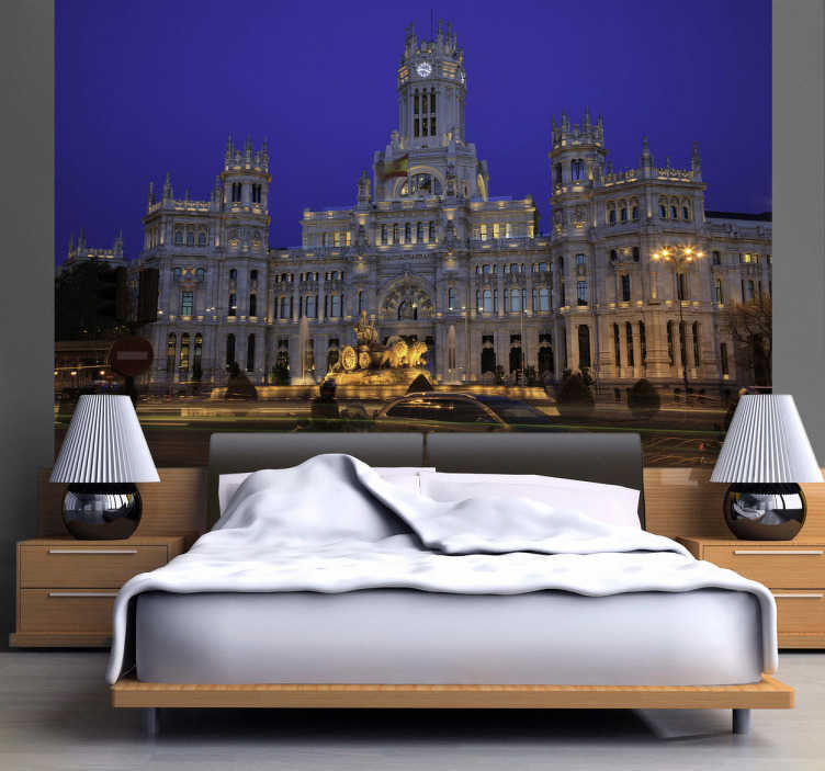TenStickers. Photo murale Palais de Cybèle. Photo murale adhésive illustrant la célèbre le palais de Cybèle de Madrid.Stickers qui participera à la décoration originale de votre salon.