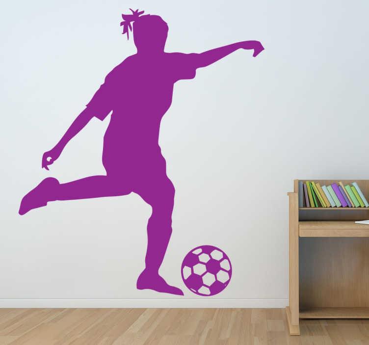 TenStickers. Sticker silhouette joueuse football. Sticker original pour décorer votre intérieur, avec cette silhouette de joueuse de foot, totalement personnalisable en plusieurs couleurs.