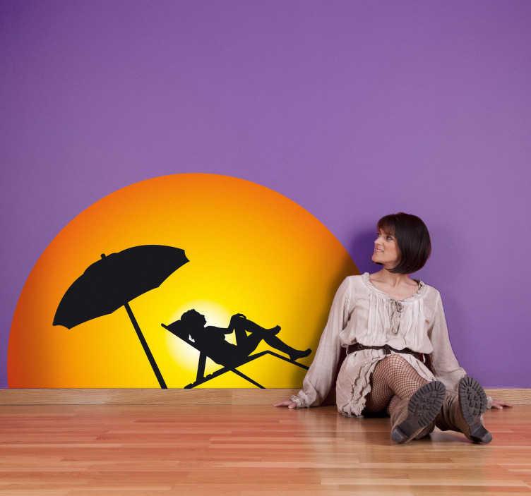 TenVinilo. Vinilo sol silueta playa. Vinilo decorativo con un gran sol de fondo y una chica tumbada en una hamaca en la playa tomando el sol con una sombrilla al lado.