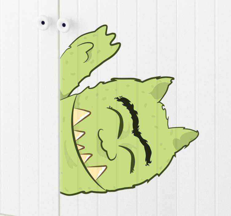 TENSTICKERS. グリーンモンスターキッズステッカー. 私たちのおしゃれな壁のステッカーのコレクションからの親しみやすい緑色のモンスターのイラストは、小さな一枚の緑色のモンスターの寝室を飾るために適用しやすく、高品質のビニール製の取り外し時に残渣を残さない