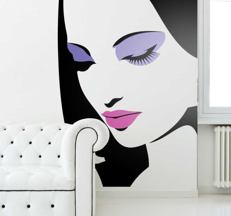 TenStickers. Geschminkte Frau Aufkleber. Eine Frau mit pinken Lippen und lila Lidschatten als Wandtattoo. Wenn Sie Beauty und Make-up lieben, dann ist dieses Wandtattoo Design ideal für Sie.