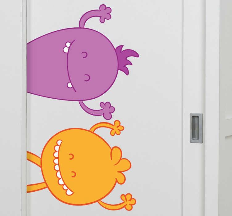 TenStickers. Monsters kast kinderen sticker. De kinderkamer kun je personaliseren met deze hele leuke monsters! Je ziet een paarse en een gele kleine monster.