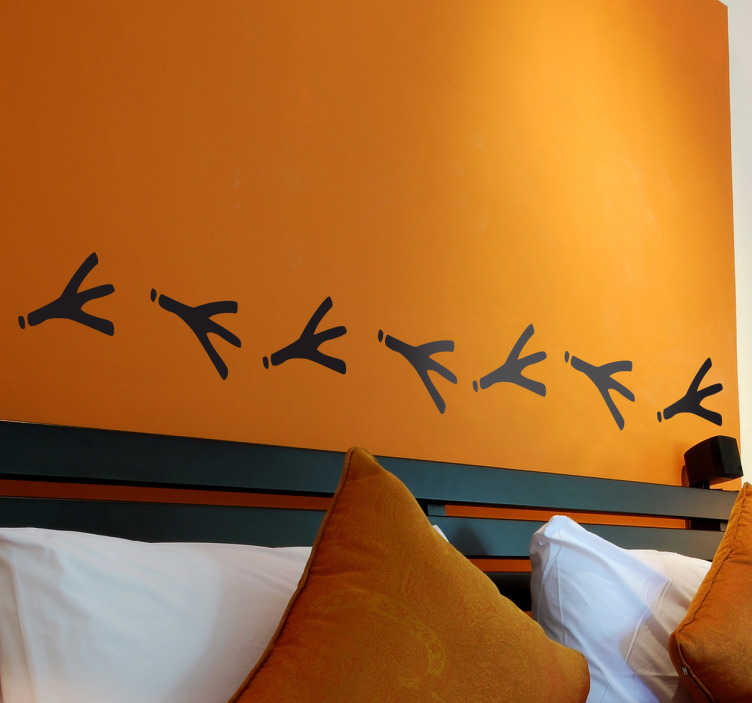 TenStickers. Bird Feet Wall Border Sticker. Wall Stickers - Wall border design available in 50 different colours. A distinctive decoration feature for any home.