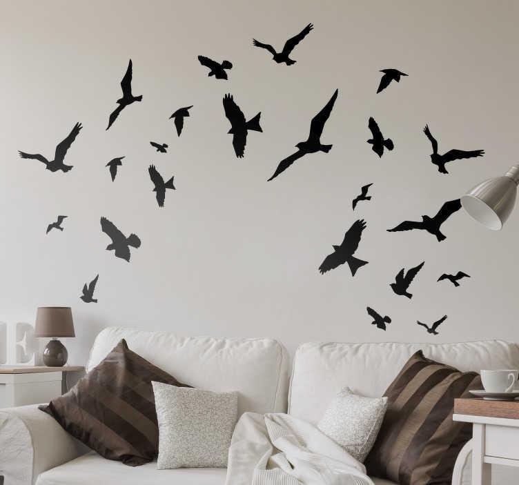 TENSTICKERS. 装飾飛行鳥のステッカー. あなたの家の壁を飾るこれらの飛ぶ鳥のステッカーは、あなたがあなたの家をあなたが望むようにパーソナライズできるように、多種多様な色が用意されています。あなたの家に好きなように適応する16の鳥のステッカー。