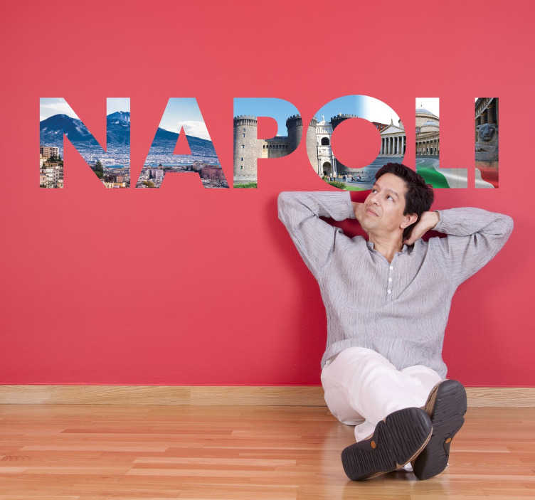 TenStickers. Naklejka z napisem Napoli. Naklejki na ściane z napisami. Naklejki na ścianę z motywem włoskich miast, tym razem przedstawia napis Napoli oraz widoki z miasta.
