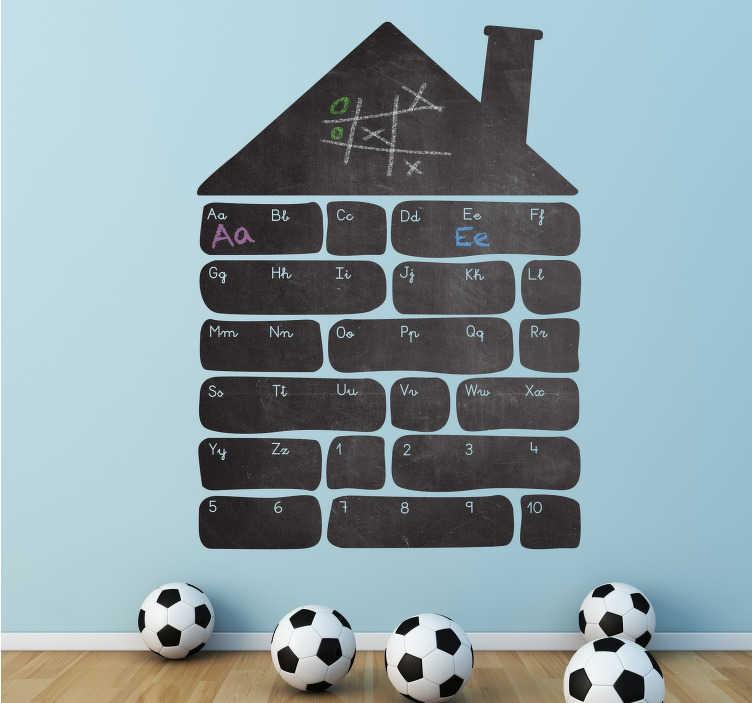 TenStickers. Sticker ardoise maison alphabet. Sticker ardoise pour décorer la chambre de votre enfant de manière ludique et originale. Une maison pour apprendre l'alphabet et les nombres.