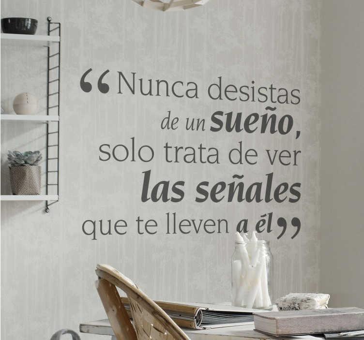 TenVinilo. Vinilo decorativo nunca desistas. Vinilos de texto motivacionales basados en citas del famoso escritor Paulo Coelho.