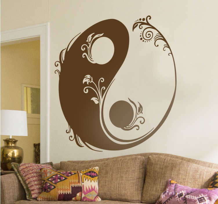 TENSTICKERS. 花の陰と陽のステッカー. あなたのリビングルームや寝室を飾るために、陰と陽の象徴的な中国のシンボルが付いた豪華な花の壁のステッカー。