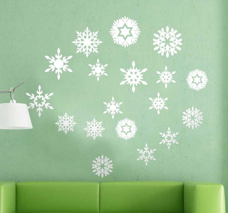 TenStickers. Naklejka białe święta. Naklejka świąteczna kolekcji różnorodnych śnieżynek.