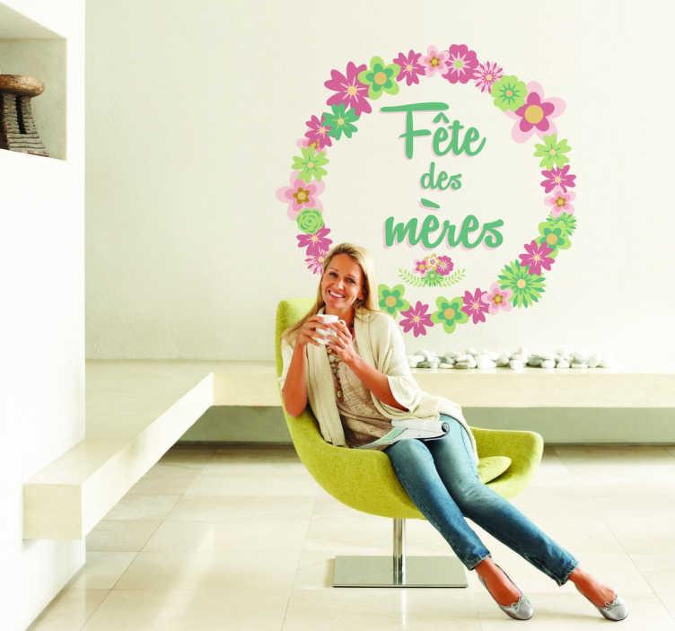 TenStickers. Sticker fête des mères couronne fleurs. Sticker mural exclusif pour décorer votre intérieur lors de la fête des mères, grâce à ce design fleuri et coloré.