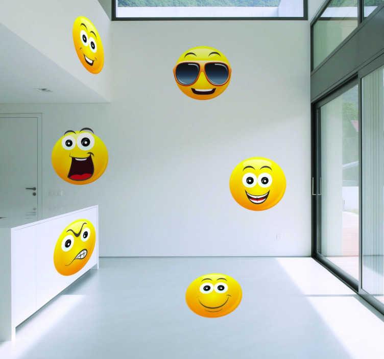 TenStickers. Adesivo decorativo de emojis. Adesivo decorativo ilustrando um conjunto de emojis que lhe permitem expressar a sua alegria, raiva, de forma original e divertida!