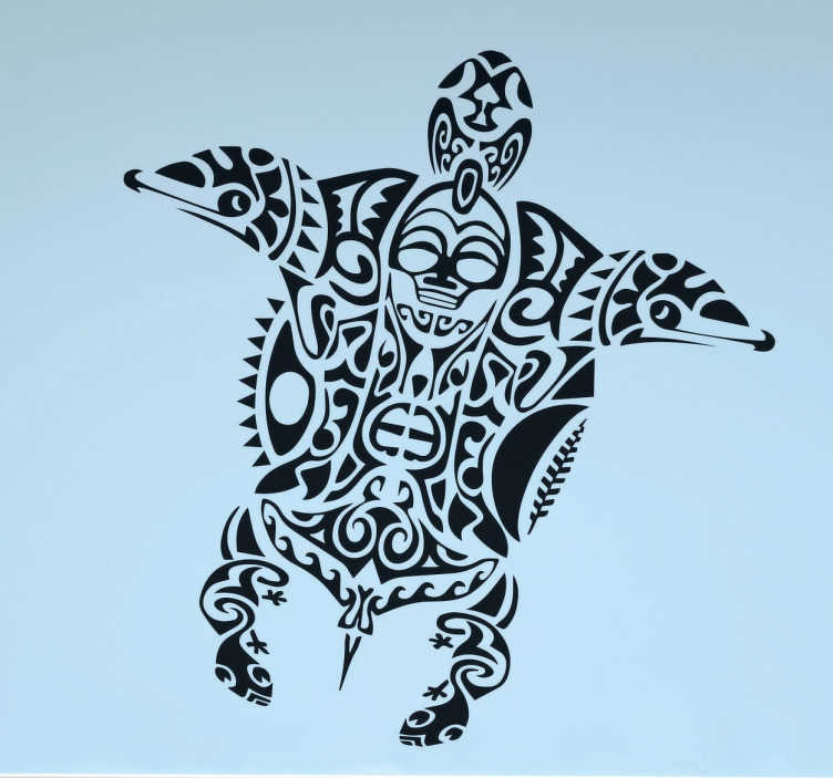 TenStickers. Maori-Schildkröte Aufkleber. Wandtattoo von einer Maori-Schildkröte. Das Design zeigt verschiedene Muster, geometrische Formen und Abbildungen wie Delfinköpfe und Schädel.