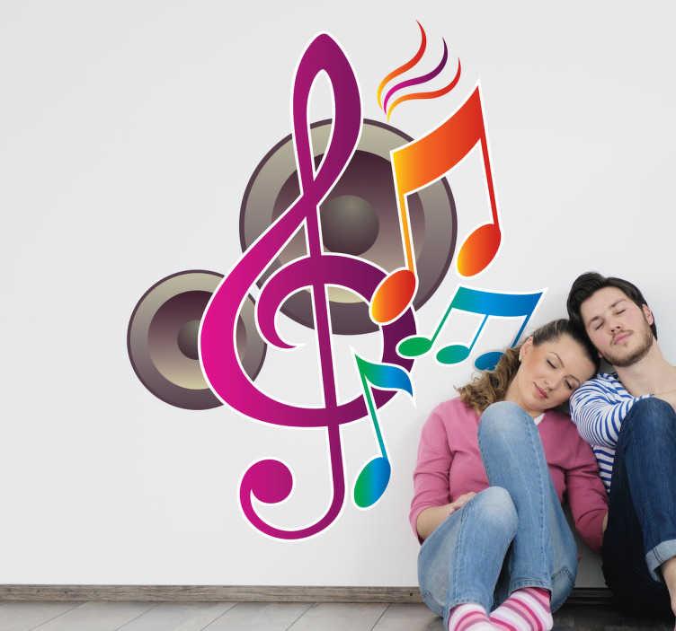 TenStickers. Naklejka w muzycznym stylu. Ozdoba na ścianę prezentująca różowy cieniowany klucz wiolinowy, przeplatany kolorowymi nutami na tle głośników.