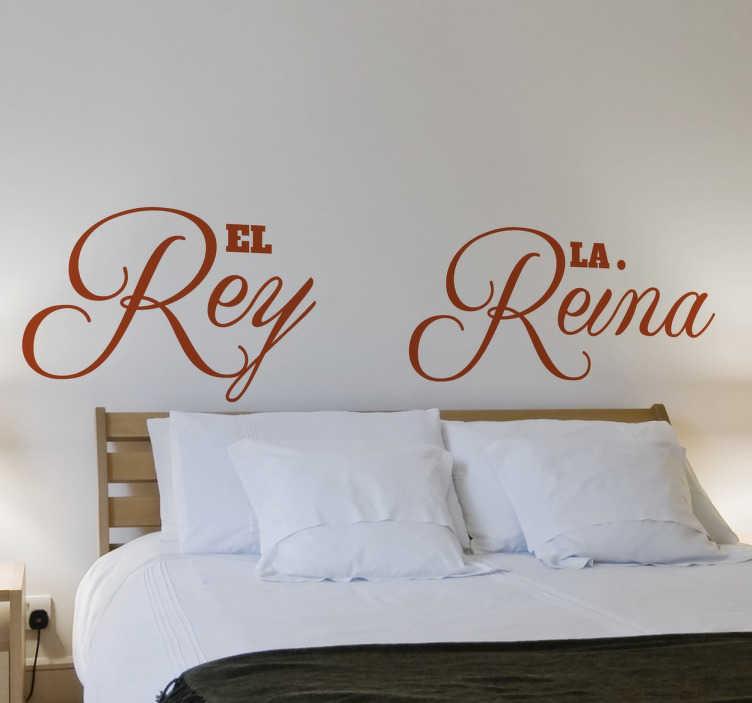 TenVinilo. Vinilo cabecero cama rey y reina. Vinilo decorativo para habitación de matrimonio ideal para darle un toque romántico al cabecero de vuestra cama.