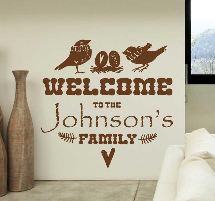 TenStickers. Naklejka dekoracyjna Witaj w naszej rodzinie. Naklejka powitalna. naklejki na ścianę do pokoju, na korytarz. naklejki z napisami witaj w naszej rodzinie. naklejki z napisami.