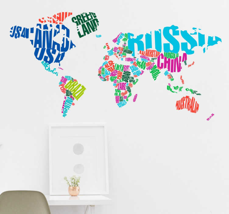 TenStickers. 국가 텍스트 스티커와 함께 다채로운 세계지도. 다양한 세계지도 벽 스티커에서 세계 각국의 국가 별 화려한 스티커가지도에 표시됩니다.