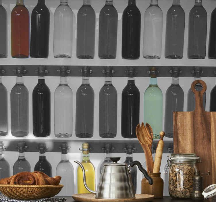 TenStickers. Muursticker Wanddecoratie Flessen. Een leuke muursticker van een foto met hierop een collectie flessen met hierin verschillende soorten drank.