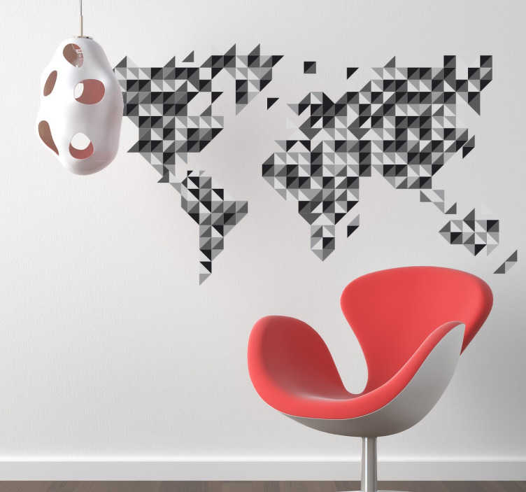 TenStickers. Sticker carte du monde géométrique grise. Sticker décoratif représentant la carte du monde, formée à partir de plusieurs petits triangles et de plusieurs tons de gris.