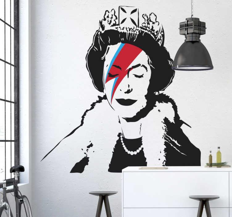 TenStickers. Banksy Queen Elizabeth Sticker. Wandtattoo des Graffiti Künstlers Banksy - Über das Gesicht von Queen Elisabetz ist ein rot-blauer Blitz gezeichnet.