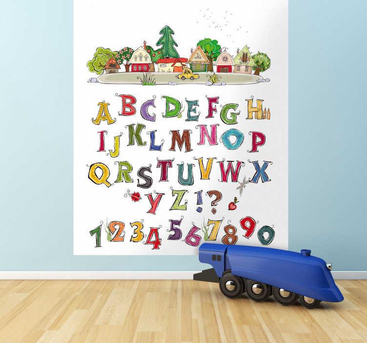 TenStickers. Sticker alfabet met Dorp. Muursticker voor kinderen van een klein rustig dorpje met hieronder het hele alfabet en cijfers. Voordelig personaliseren.