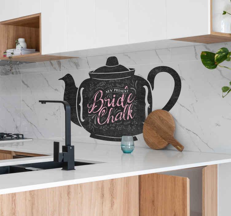 TenVinilo. Vinil pizarrón tetera. Vinilo pizarra de una tetera que decorará las paredes de tu hogar de un modo excepcional y totalmente diferente al mismo tiempo que podrás dibujar.