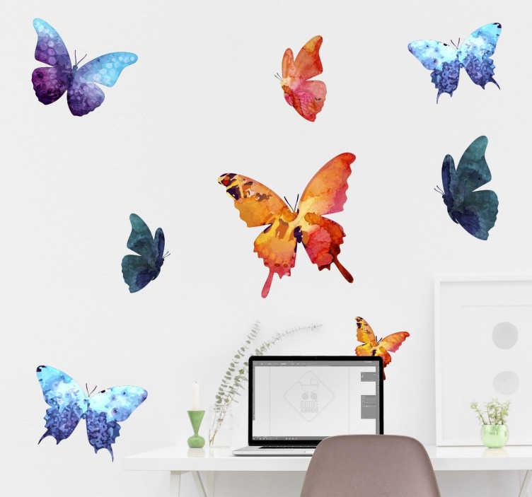 TenStickers. Akvarel motýl sada nálepky. Krásný design z naší sbírky samolepky motýlových nástěnných štítků s 8 jemnými akvarely. Vytvářejí dojem, že tyto barevné motýlky létají přes vaši zeď s touto skvělou sadou samolepek.