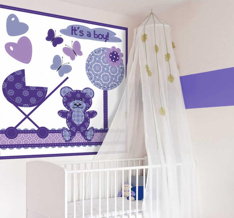 """TenStickers. Naklejka dziecięca kompozycja liliowa. Naklejka dekoracyjna do pokoju dziecięcego w odcieniach fioletu, z napisem po angielsku """"It's a boy""""."""